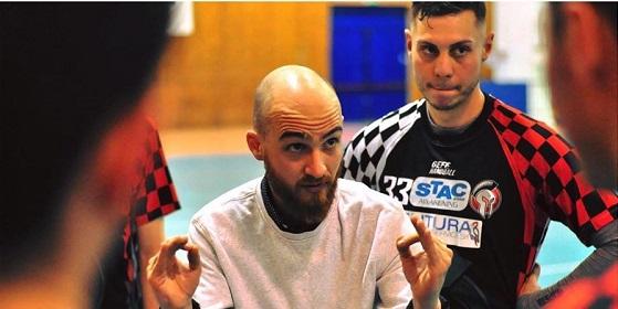 Collaborazione tra Bologna United e Pallamano 2Agosto, Mattia Melis è il nuovo allenatore rossoblù